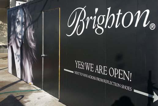 Brighton Shopping Mall Barricade Graphics Agretail