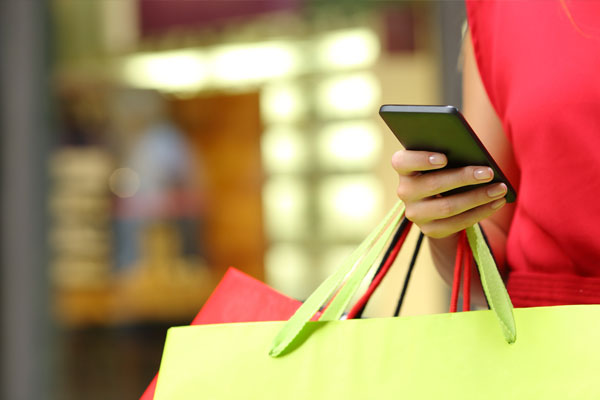 Combining Online and Offline In Retail